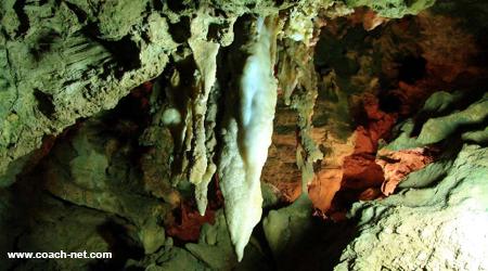 rushmore-cave