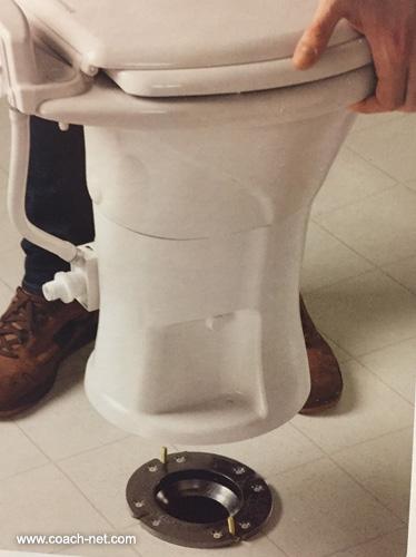 Toilet maintenance_3